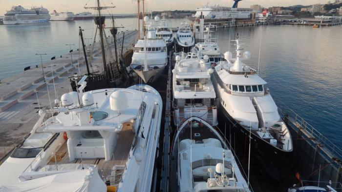 Boat Carrier movin yachts for SYM