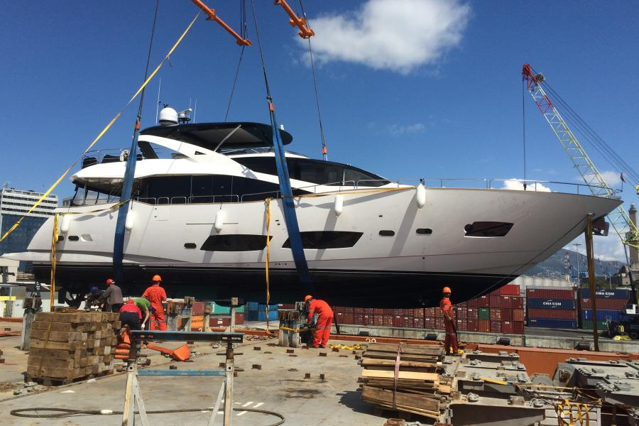 SYM-sunseeker-yacht-delivery-28-metre-yacht